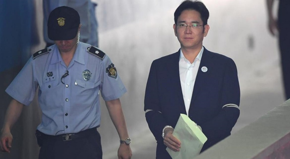 S.Korea Prosecutors Recommend 12-Year Sentence for Samsung Heir over Corruption