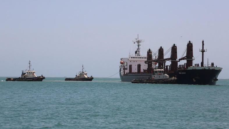 Houthis Threaten International Navigation Twice in 10 Days