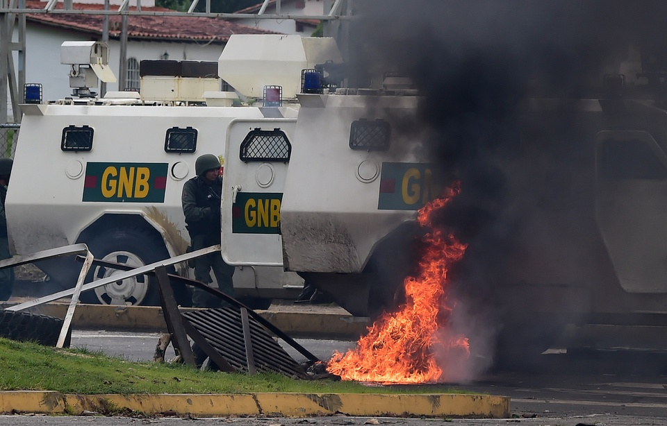 Maduro Vows 'Maximum Penalty' against Military Base Attackers