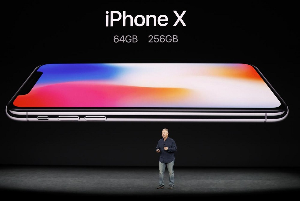 Much-Anticipated iPhone X Unveiled on Smartphone's 10th Anniversary