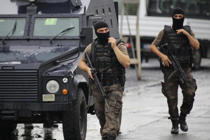 Turkish Police Kill Suspected Suicide Bomber Near Police Station