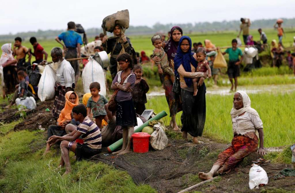 Myanmar: Thousands of Homes Burned down in Rohingya-Majority Areas