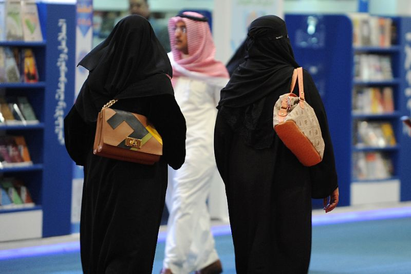 Saudi Arabia: Women to Drive after Community Persuaded