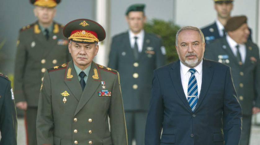 Russian Defense Minister in Tel Aviv, Dodges Commenting on Israeli Airstrike in Syria