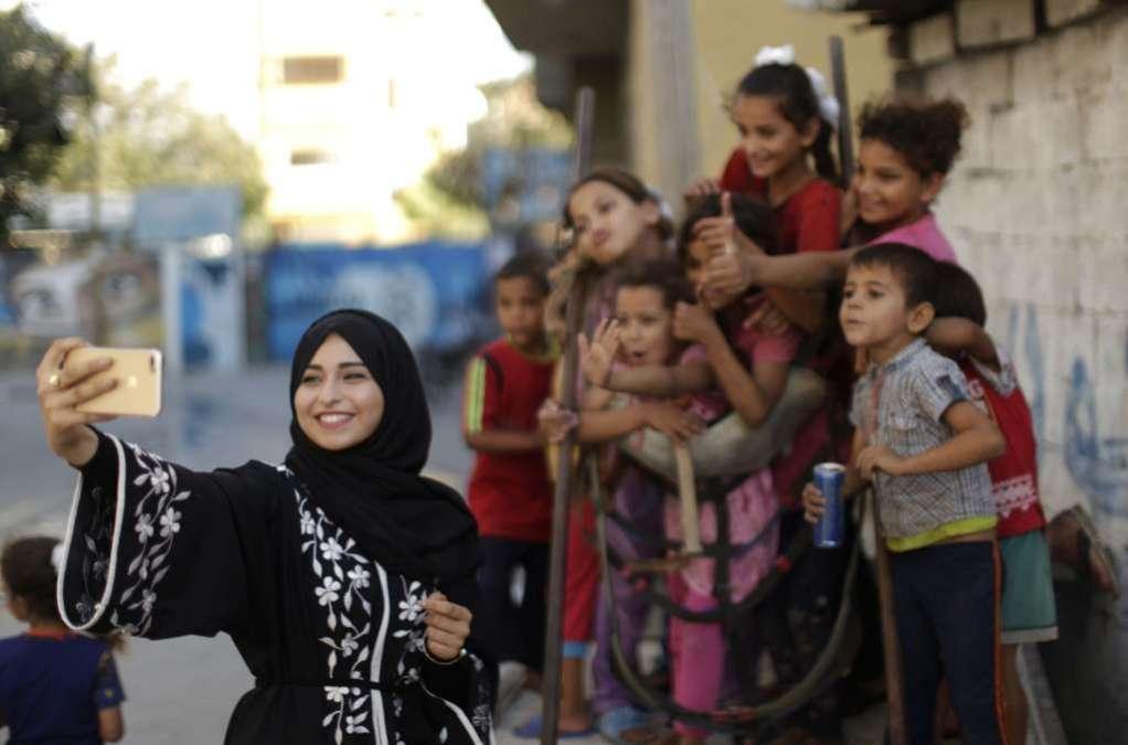 Gaza Instagram Stars Show Different Side of their Homeland