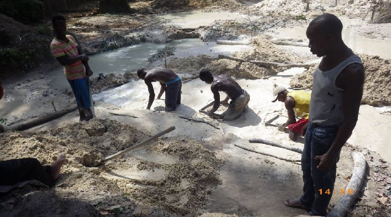 Artisanal Diamond Diggers in Bellekpalamu Unhappy with Current Working Conditions