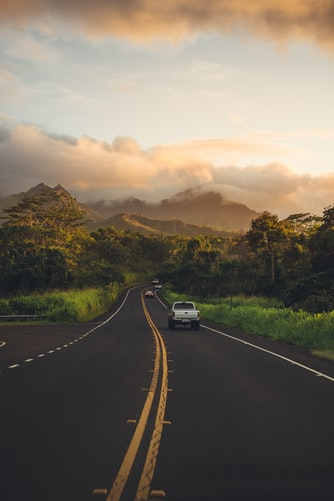 Highway in Hawaii showing mountains