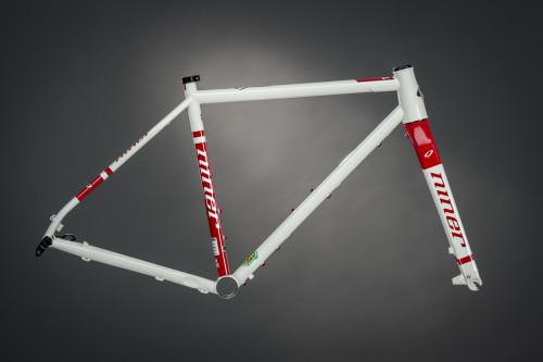 Niner RLT 9 Steel frame color Dirty White Red Ringers