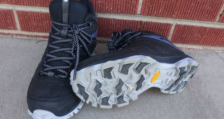 Merrell's Women's Thermo Freeze Mid Waterproof boot