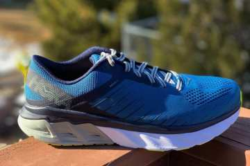 Hoka One One Arahi 3 Shoe side