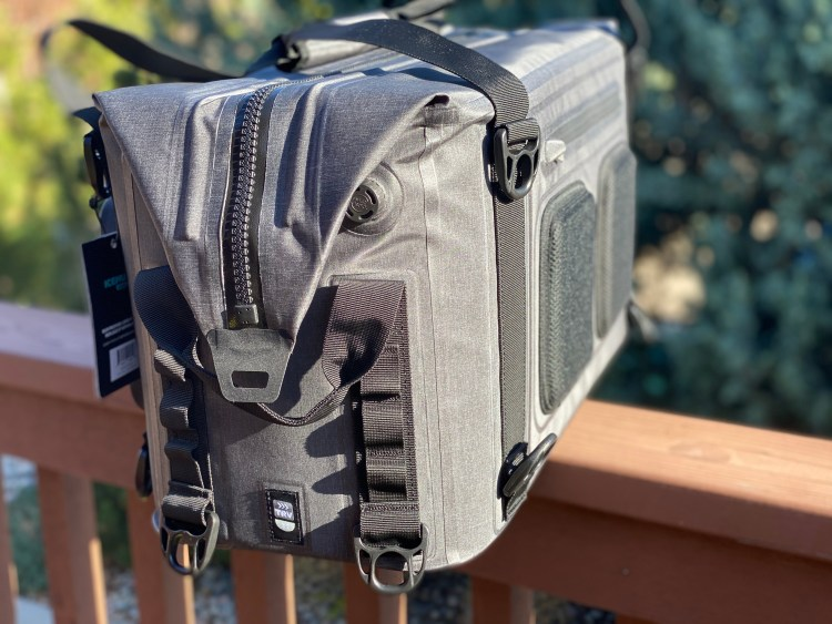 ICEMULE Traveler 35L Cooler side