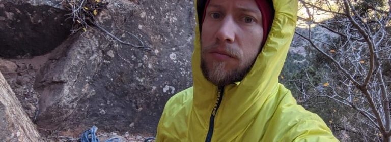 Patagonia DAS Light Hoody Hood Engearment