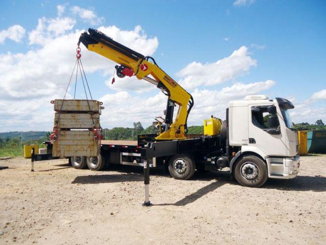 máquinas utilizadas na construção civil Caminhão Munk blog da engenharia