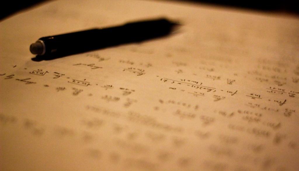 folha repleta de cálculo