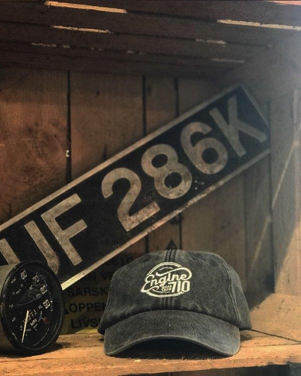 Engine 710 Charcoal Cap