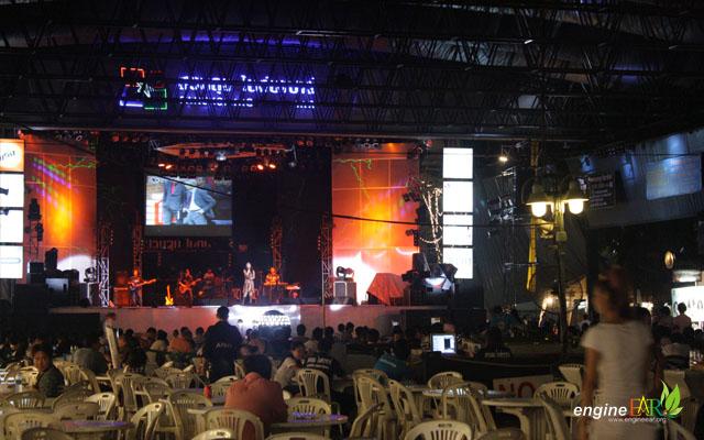 Live Performance at Suan Lum