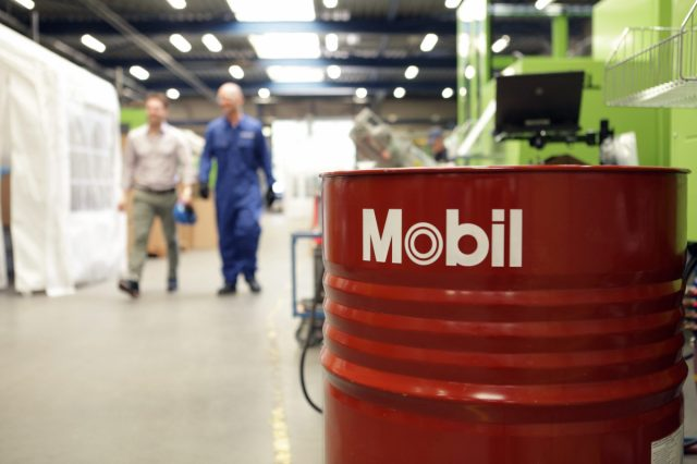 ExxonMobil launches long-life hydraulic fluids – Mobil DTE™ 20 Ultra Series