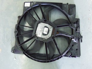 Stock E90 electric fan
