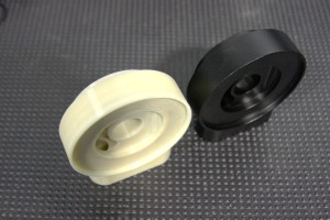 3D printed prototype (left) and final prototype of sandwich plate
