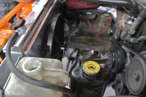 Mishimoto radiator and Jeep YJ electric fan shroud installed