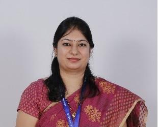 scoe_Computer_HOD_Dr. Deepa Parasar