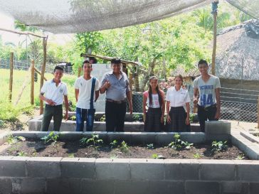 The Garden Commitee (luis the Director in the center and some students)