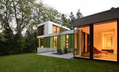 510 House by Johnsen Schmaling Architects in Milwaukee. Photo © John J. Macaulay. (1)
