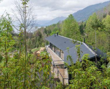 House SM at Calafquén Lake _ Claro _ Westendarp arquitectos_ © Francisco Boetsch T.