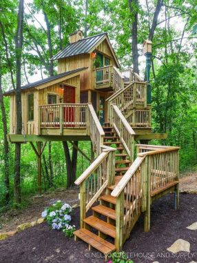 49 Enjoyable DIY Tree Houses Design For Your Kids and Family (1)