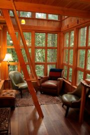 The Trillium _ Tree house Interior Lower by TreeHouse Point_ via Flickr