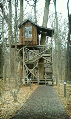Tree house _ Mike Mahaffie _ Flickr
