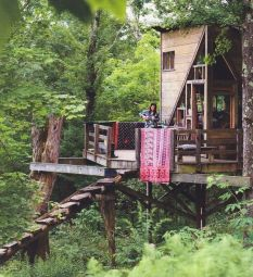 Treehouse For Sale 009