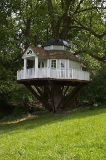 awesome tree houses treehouses 10 I think I could live happily in any one of these tree houses (30 P