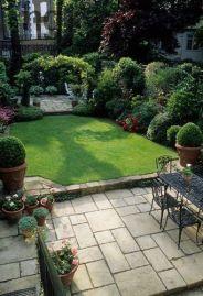 stunning farmhouse back yard idea (1)
