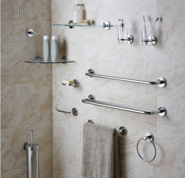 15+ Beautiful Small White Bathroom Remodel Ideas