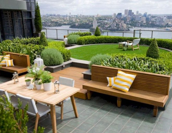 15 Marvelous Rooftop Garden Design To Improve Your Home Style