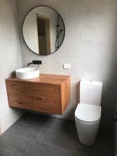 Floating_Bathroom (2)