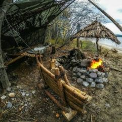 Primitive_Houses_and_Bushwak (23)