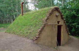 Primitive_Houses_and_Bushwak (66)