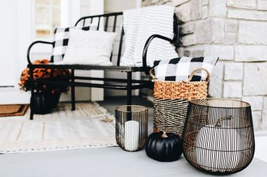 Awesome-Front-Porch-Decor-Ideas-For-Summertime-25