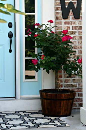 Awesome-Front-Porch-Decor-Ideas-For-Summertime-27