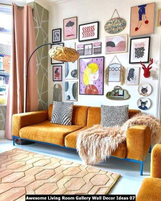 Awesome-Living-Room-Gallery-Wall-Decor-Ideas-07