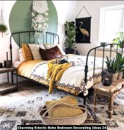 Charming-Eclectic-Boho-Bedroom-Decorating-Ideas-24