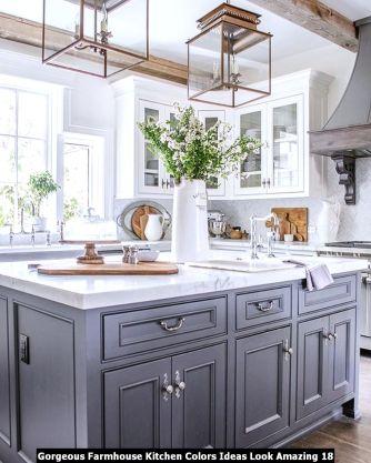 Gorgeous-Farmhouse-Kitchen-Colors-Ideas-Look-Amazing-18