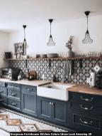 Gorgeous-Farmhouse-Kitchen-Colors-Ideas-Look-Amazing-20