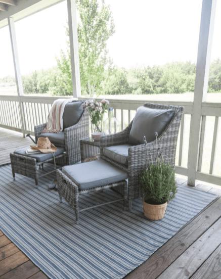 Trending-Summer-Patio-Furniture-Design-Ideas-03