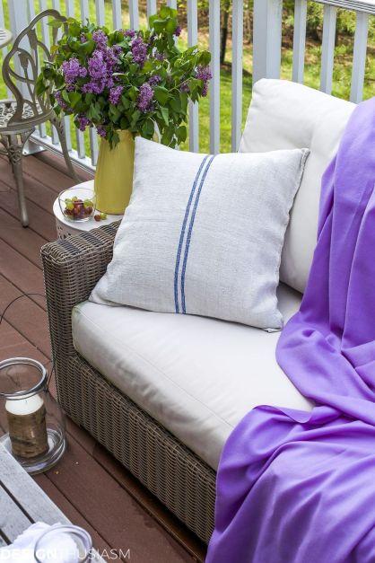Trending-Summer-Patio-Furniture-Design-Ideas-09