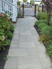 31-Most-Popular-Paver-Walkway-Design-Ideas-54