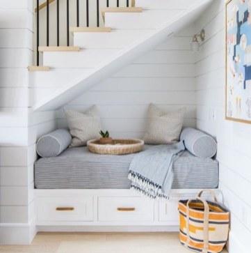 creative-under-stairs-storage-ideas-reading-nook