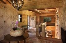 A-beautiful-ranch-remodel-in-the-Rocky-Mountains-entryway